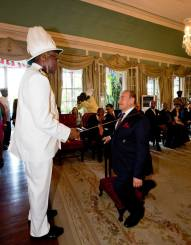 Nadhmi Auchi knighted by Sir Rodney Williams