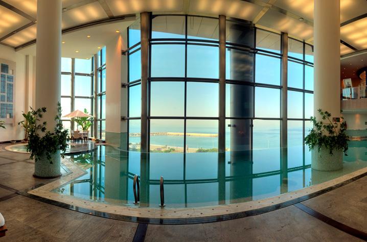 Panorama pool, Le Royal Spa